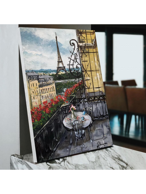 A beautiful view of Eiffel Tower_EIF199_4