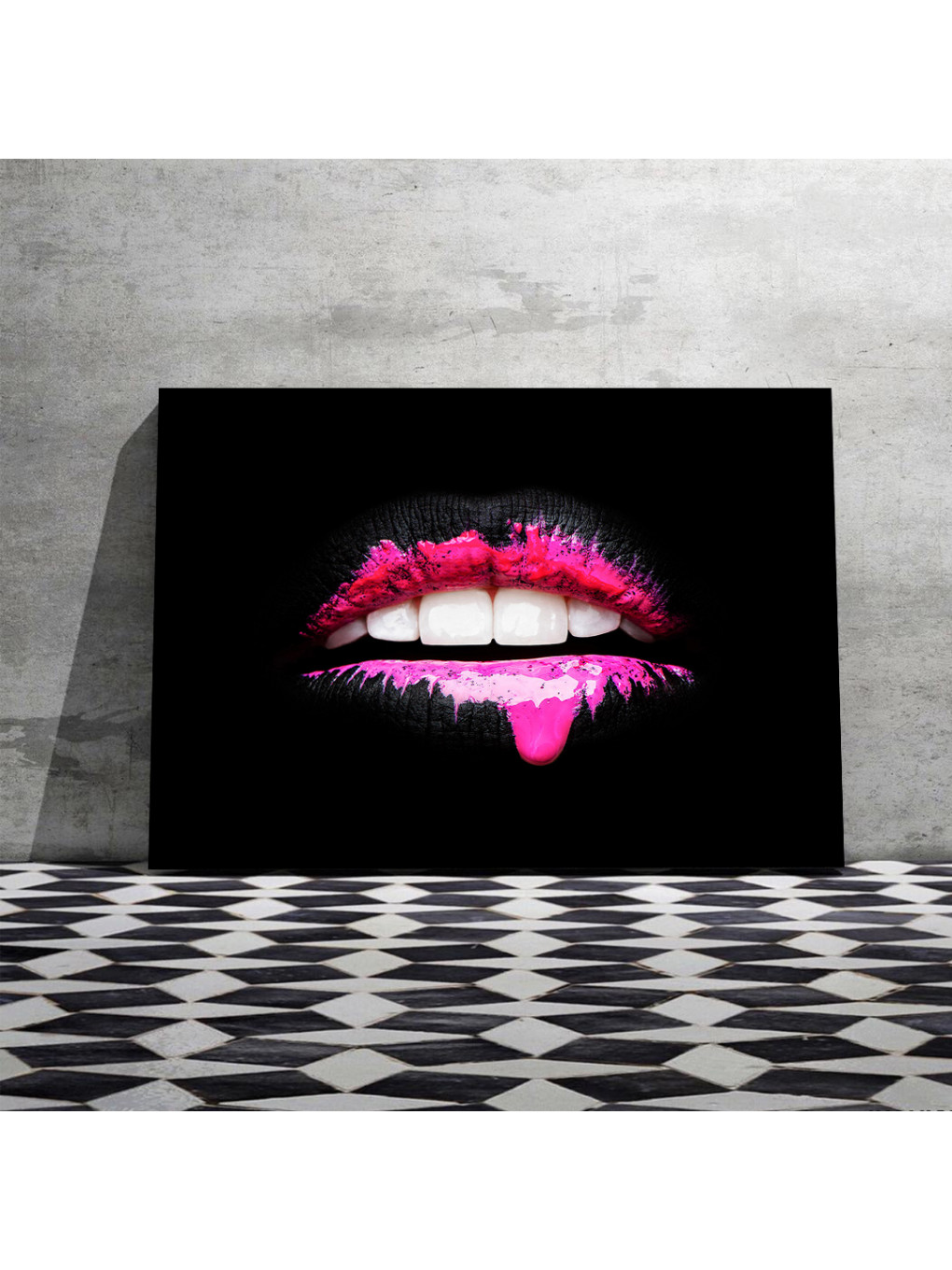 Black and Pink Lips_LIP873_2