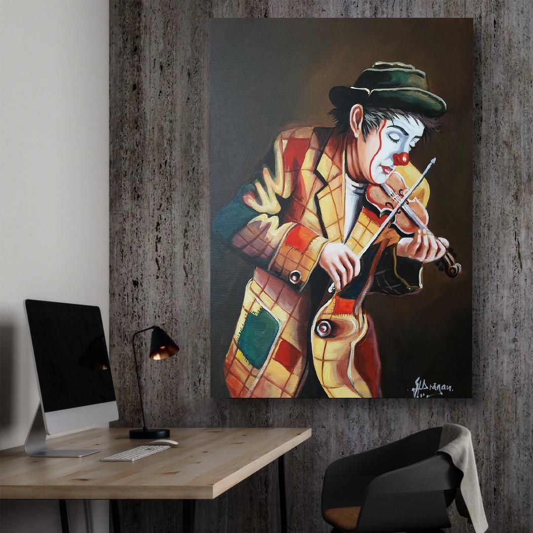 Clown playing on violin_CLN640_5