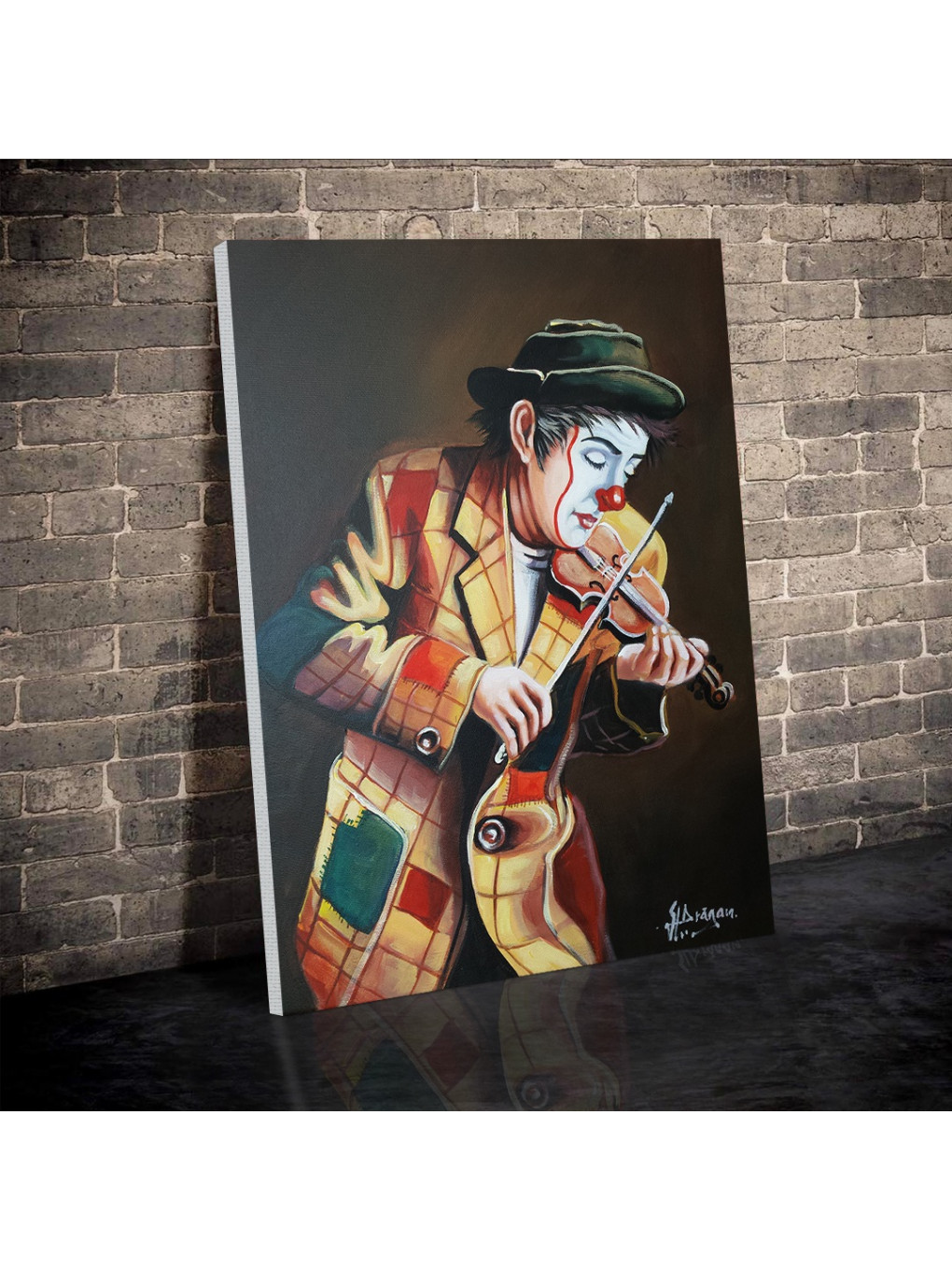 Clown playing on violin_CLN640_2