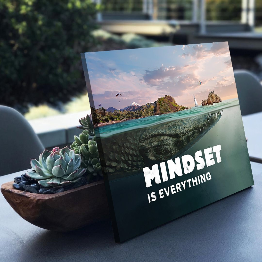 Mindset is everything (Crocodile)_MND690_2