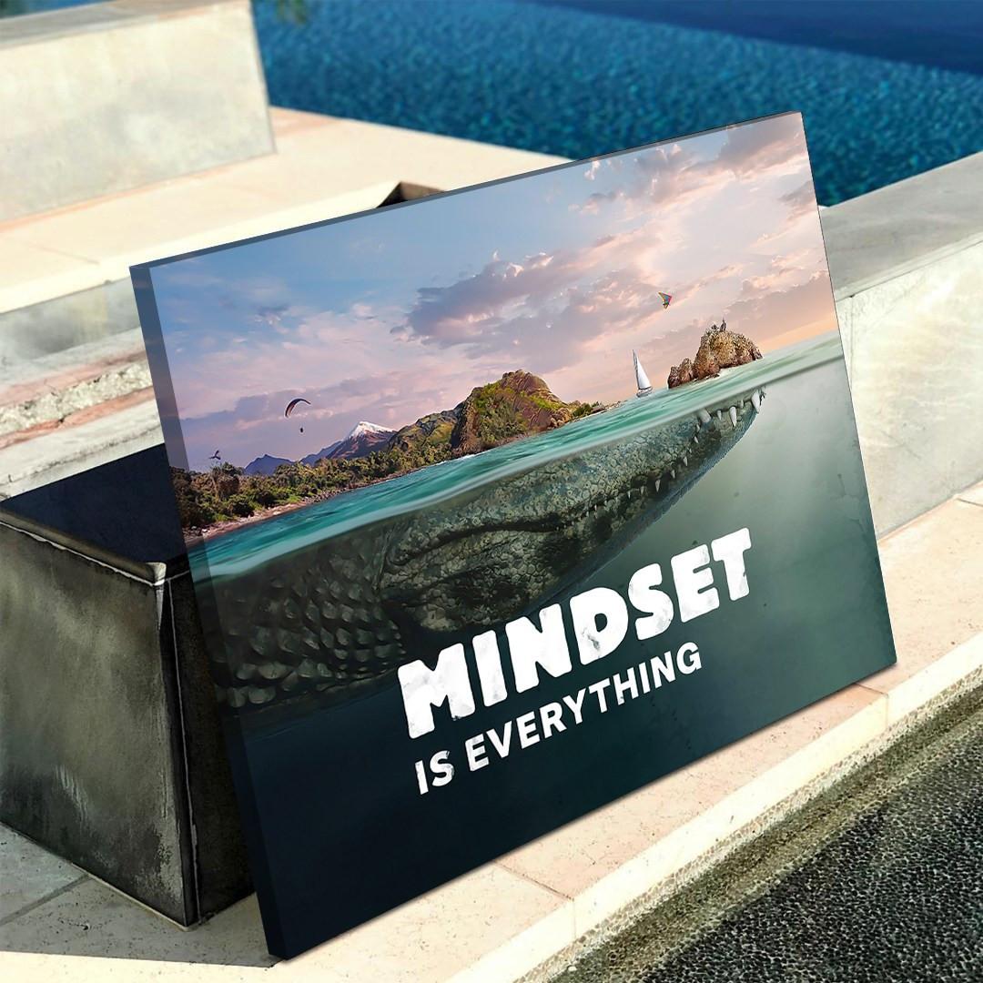 Mindset is everything (Crocodile)_MND690_4